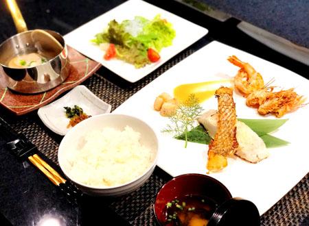 海鮮づくしプレート ¥3500